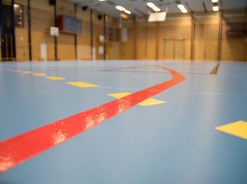Presentationsbild för referensen Nytt golv Futurum sportgolv