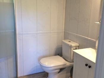 Presentationsbild för referensen badrumsrenovering